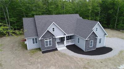 Stonington Single Family Home For Sale: 18 Olivia Lane