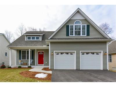 Single Family Home For Sale: 31 Whiting Farms Lane