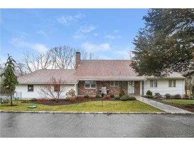 Waterford Single Family Home For Sale: 207 Butlertown Road