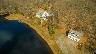 Clinton Single Family Home For Sale: 1 Countryshire Lane