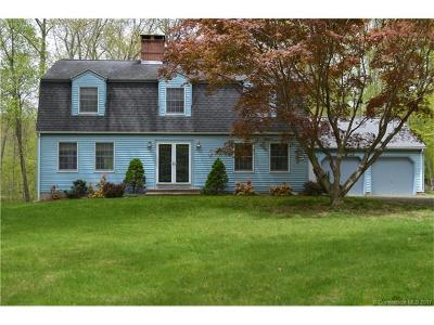Old Lyme Single Family Home For Sale: 32 Browns Lane