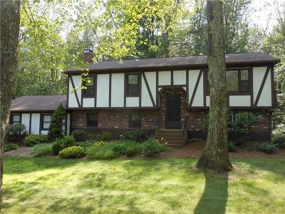 Montville CT Single Family Home For Sale: $239,900