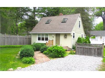 Old Lyme Single Family Home For Sale: 16 White Oak Trail
