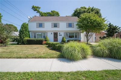 New London Single Family Home For Sale: 774 Montauk Avenue
