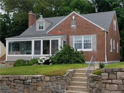 New London Single Family Home For Sale: 71 Woodlawn Road