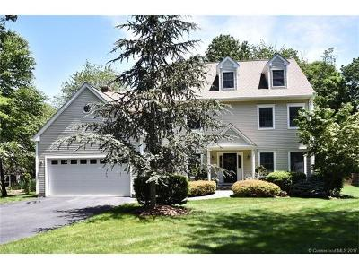 Waterford Single Family Home For Sale: 188 Great Neck Road