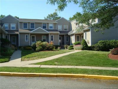 Groton Condo/Townhouse For Sale: 53 Cobblestone Dr #53