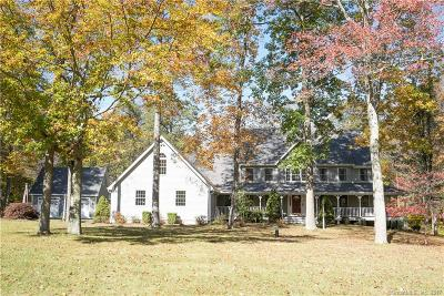 Southbury Single Family Home For Sale: 73 Wolfpit Road