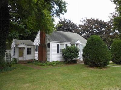 Middletown Single Family Home For Sale: 1247 Newfield Street