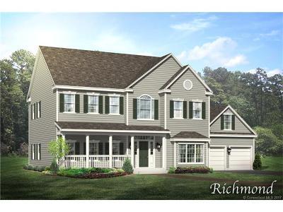 East Hampton Single Family Home For Sale: 11 Skyline Drive