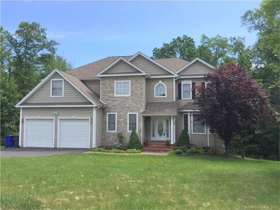 Middletown Single Family Home For Sale: 94 Knoll Ridge Court