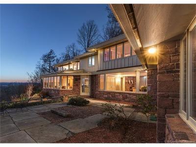 Farmington Single Family Home For Sale: 15 Prattling Pond Road