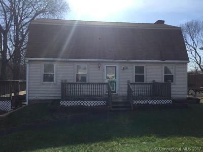 Meriden Single Family Home For Sale: 520 S Curtis Street