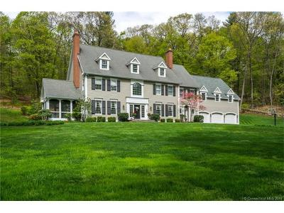 Simsbury Single Family Home For Sale: 5 Summerwood Road