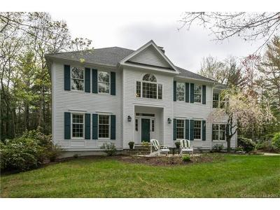 Simsbury Single Family Home For Sale: 21 Stillwood Chase
