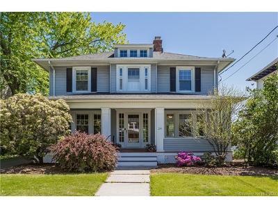 West Hartford Single Family Home For Sale: 28 North Quaker Lane
