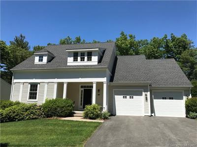 Simsbury Single Family Home For Sale: 4 Erins Way