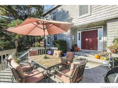 West Hartford Single Family Home For Sale: 100 High Farms Road
