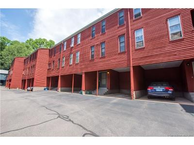 Manchester Condo/Townhouse For Sale: 521 Hilliard Street #C
