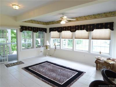 Berlin CT Single Family Home For Sale: $278,900