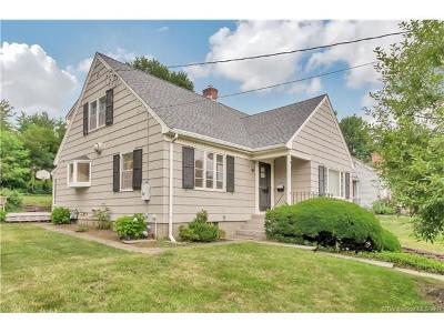 West Hartford Single Family Home For Sale: 41 Foxridge Road