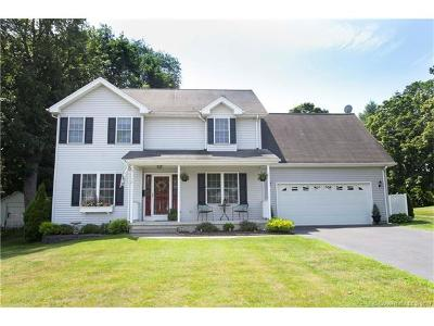 Southington Single Family Home For Sale: 112 Knowles Avenue