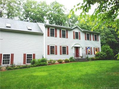 Hamden Single Family Home For Sale: 62 N Woods Road