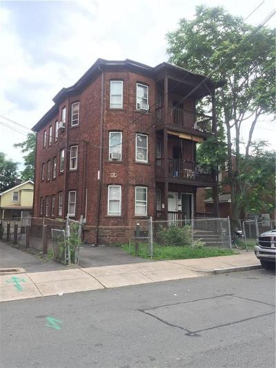 Hartford Multi Family Home For Sale: 52 Putnam Street