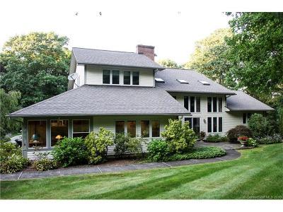 Bethlehem Single Family Home For Sale: 81 Deerwood Drive