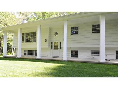 Middlebury Single Family Home For Sale: 76 Tower Road