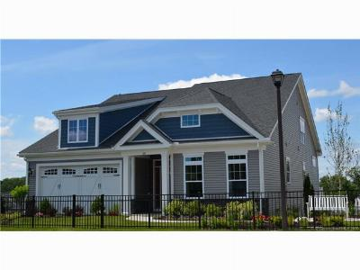 Beacon Falls Condo/Townhouse For Sale: 39 Fieldstone Lane #115