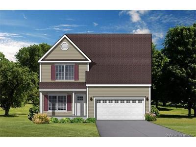 Southington Single Family Home For Sale: 23 Hillcrest Drive