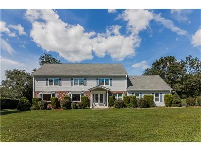 North Haven Single Family Home For Sale: 9 Pez Court