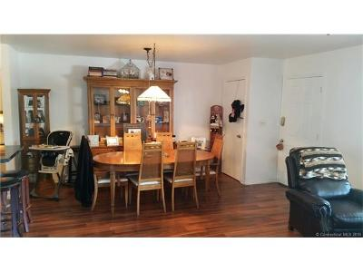 Milford CT Condo/Townhouse For Sale: $155,900