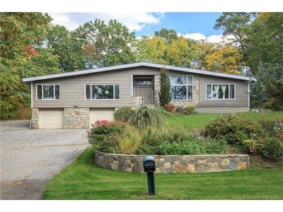 Milford CT Single Family Home For Sale: $459,900