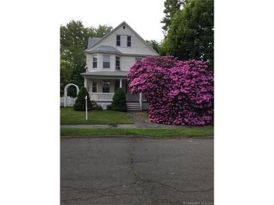 Milford CT Single Family Home For Sale: $469,900