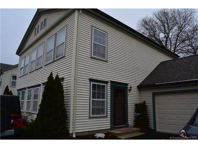 Milford CT Condo/Townhouse For Sale: $214,900
