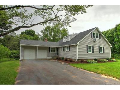 Milford CT Single Family Home For Sale: $399,900