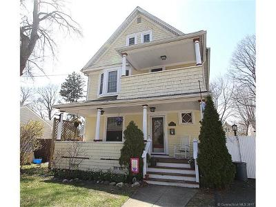 Fairfield County Single Family Home For Sale: 107 Blakeman Place