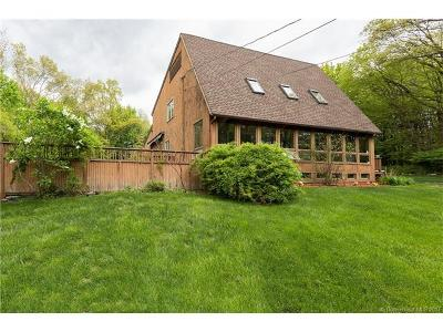 Cheshire Single Family Home For Sale: 260 Jinny Hill Road