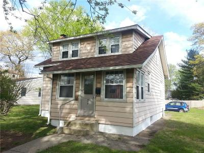 Milford CT Single Family Home For Sale: $214,900