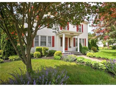 Milford CT Single Family Home For Sale: $447,000
