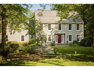 Old Lyme Single Family Home For Sale: 4 Somerset Lane
