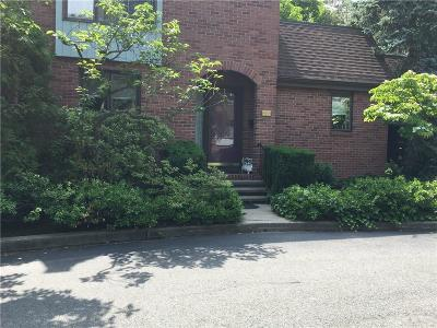 Hamden Condo/Townhouse For Sale: 1159 Whitney Avenue #UD1