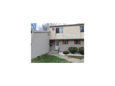 Rocky Hill Condo/Townhouse Show: 45 Locust Circle #45