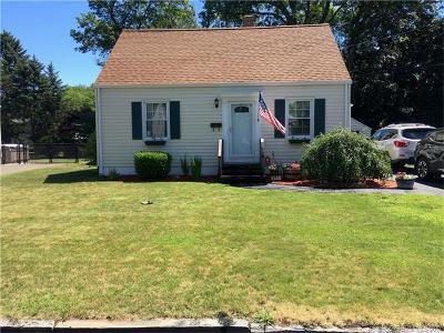 North Haven Single Family Home Show: 111 Shawmut Avenue