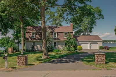 Old Saybrook Single Family Home For Sale: 5 Fencove Court