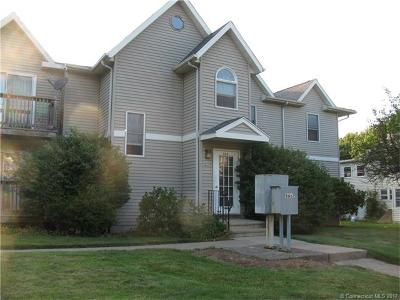 Meriden Condo/Townhouse For Sale: 666 Broad Street #4