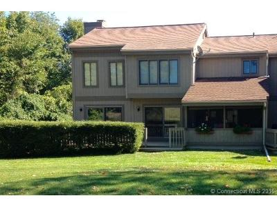 Southbury CT Single Family Home Sold: $293,500