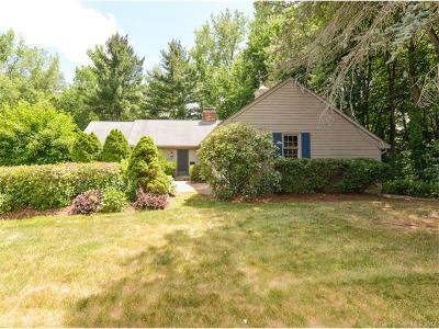 West Hartford Single Family Home For Sale: 21 Gloucester Lane
